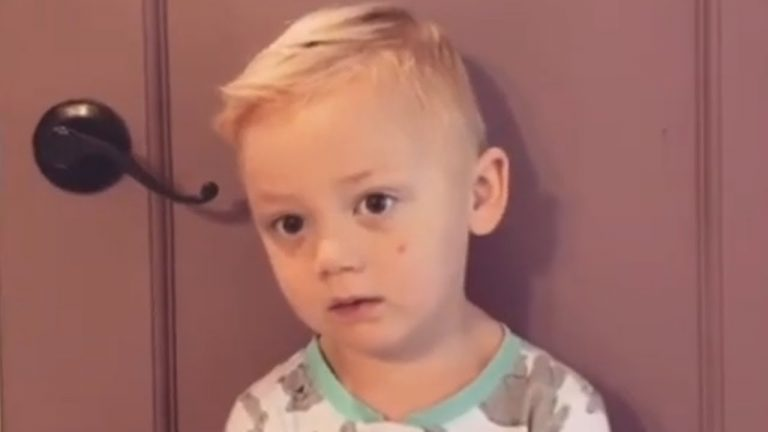 """3-year-old's priceless response after mom """"ate all his candy"""""""