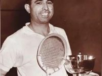 #Repost @therealpcb  Saddened by the news of four-time British Open squash champ... 25