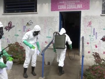 Disinfection to music | Brazil army band keep shelter inhabitants entertained