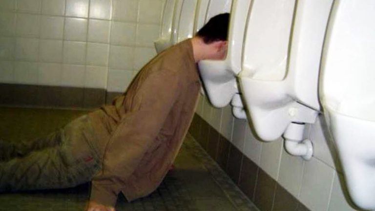 10 Dumbest Things Drunk People Have Done