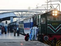 SC orders Pakistan Railways to make train travel safer 12