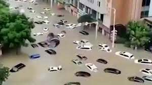 """China Says Worst of Flooding Still to Come as Situation 'Severe"""" 8"""