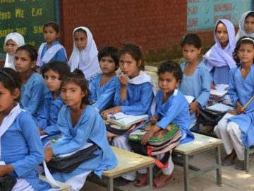 Federal govt takes decision about reopening schools across Pakistan 2