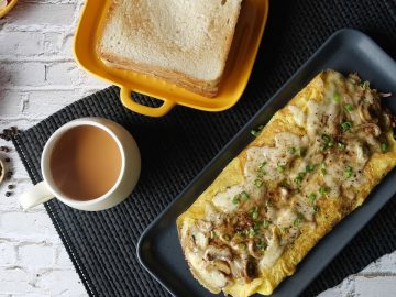Mushroom Cheese Omelet Recipe By Food Fusion
