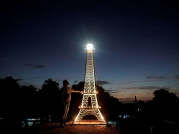 Havana, the 'Paris of the Caribbean,' gets its own Eiffel Tower 4