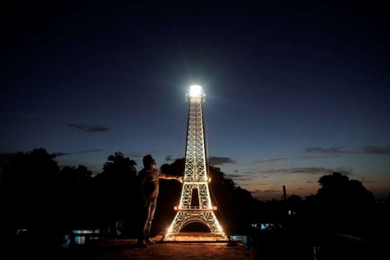 Havana, the 'Paris of the Caribbean,' gets its own Eiffel Tower 1