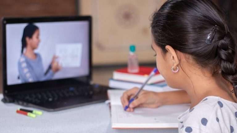 Special week-long leave, work from home system for Sharjah's female govt workers as schools reopen 1
