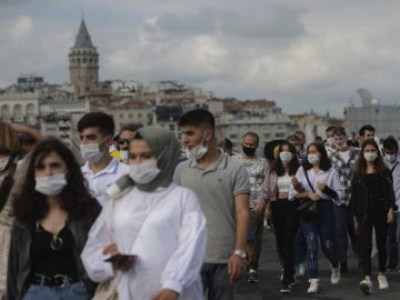 As coronavirus spread, Istanbul introduces limits to gatherings 1