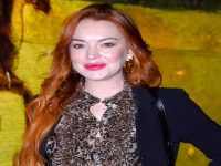 American actress Lindsay Lohan is facing a lawsuit of $400,000 by publisher Harper Collins. 9