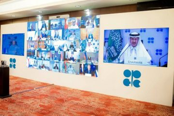 Energy minister Prince Abdul Aziz warns: 'compliance is not an act of charity' 34