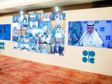 Energy minister Prince Abdul Aziz warns: 'compliance is not an act of charity' 8