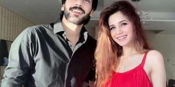 Aima Baig confirms relationship with Shahbaz Shigri 25