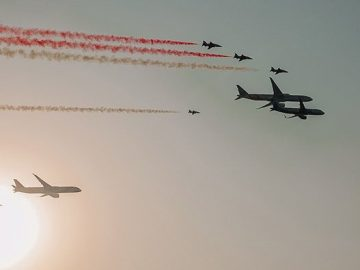 An Air show marked the start of the 90th Saudi National Day celebrations. 15