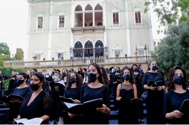 Lebanon hosts concert for beirut blast victims at ravaged palace 1