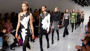 London Fashion Week Will Blend Physical Event and more 6