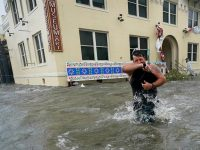 Huge floods, 'unreal' rain as Hurricane Sally hits US Gulf Coast 22