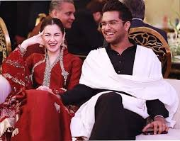 Hania Amir Says She's Not in a Relationship With Asim Azhar 1
