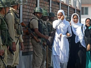 Pakistan calls for judicial inquiry into killing of 3 Kashmiris in IOK 4
