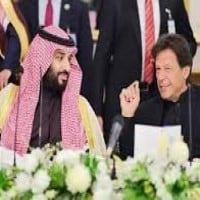 A rift between Pakistan and Saudi Arabia throws deepening fissures in the Muslim world into sharp relief. 8