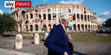 Italy added to travel quarantine list - UK COVID-19 update