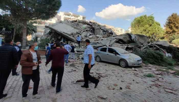 A strong earthquake struck on Friday between the Turkish coast and the Greek island. 1