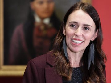 New Zealanders go to the polls on Saturday with the governing Labour Party set to benefit from Ardern's response to COVID-19. 6