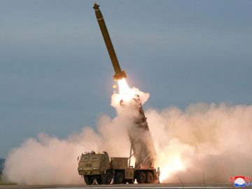 Japan vows to boost missile defence after North Korea parade 1