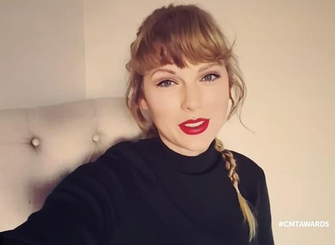Taylor Swift has done it again, with Folklore becoming the first album to sell a million copies in 2020, Billboard.com reported. 1