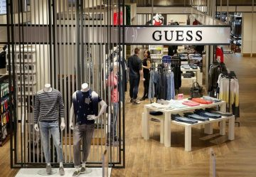 Pakistan gets textile orders from top brands Hugo Boss, Guess... 27