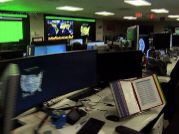 Look inside the US election cybersecurity center