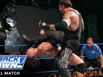 FULL MATCH - The Undertaker vs. Brock Lesnar vs. Big Show: SmackDown, Aug. 28, 2003