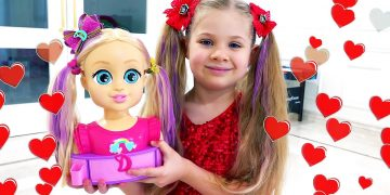 Diana and Roma Pretend Play with Dolls | Funny stories for kids 20