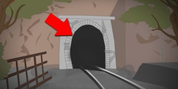 What was inside this tunnel, that killed 520 passengers?