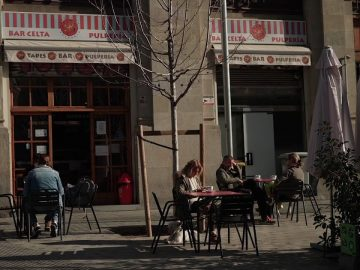 Catalonia eases restrictions on bars, restaurants