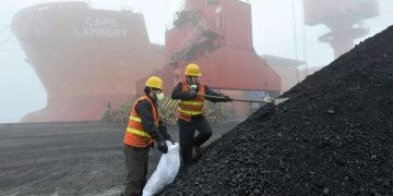 China increases coal import quotas but Australia may be excluded 10