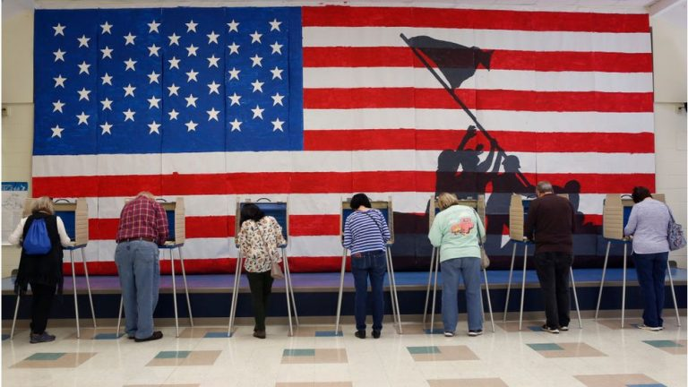 Polls open as US Election Day arrives 1