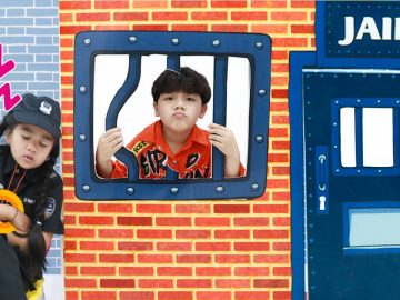 Suri and Sammy Pretend Play Kids Locked Up in Jail | Fun Story for Kids to Follow Rules 20