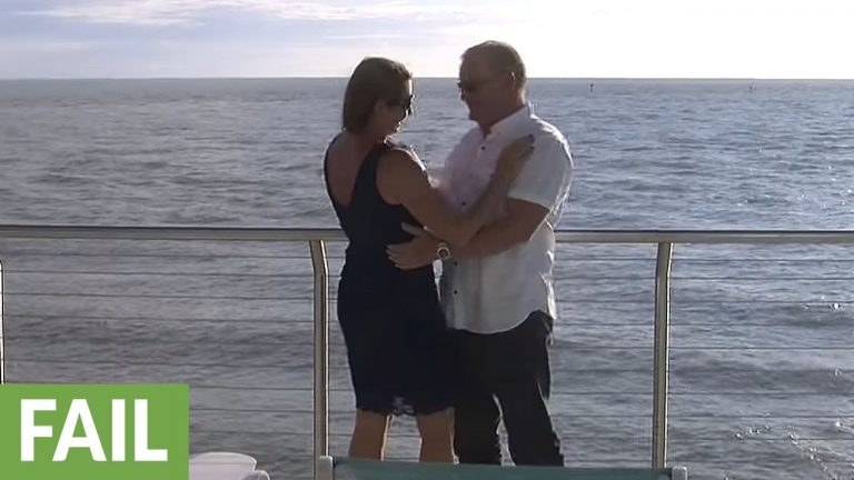 Man drops engagement ring into ocean during proposal
