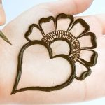 Very easy trick Mehendi design front hand simple - Arabic mehndi design - मेहंदी लगाना सीखें 1
