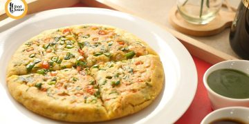 Moonglet (Moong Dal Omelette) Street Style Breakfast Recipe by Food Fusion