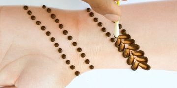 New latest Easy Mehndi design with cotton bud - Simple Mehendi design for front hands 13