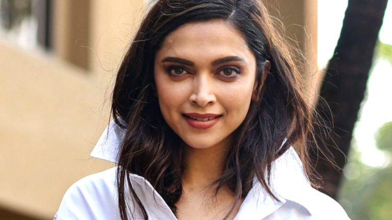Deepika Padukone shares beautiful New Year wish with fans. 1