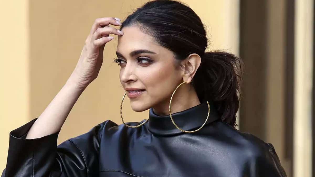 Deepika Padukone shares beautiful New Year wish with fans. 5