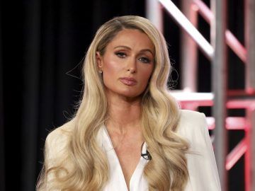 Paris Hilton reveals wedding plans 9