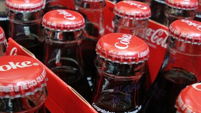 25 Awesome Practical Uses For Coca-Cola That Will Blow Your Mind