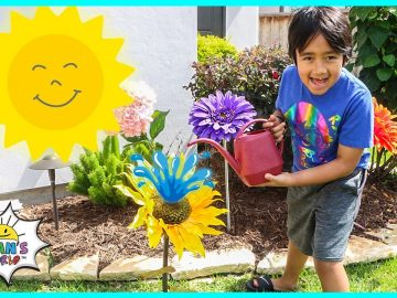 Photosynthesis educational video for kids with Ryan's World!! 7