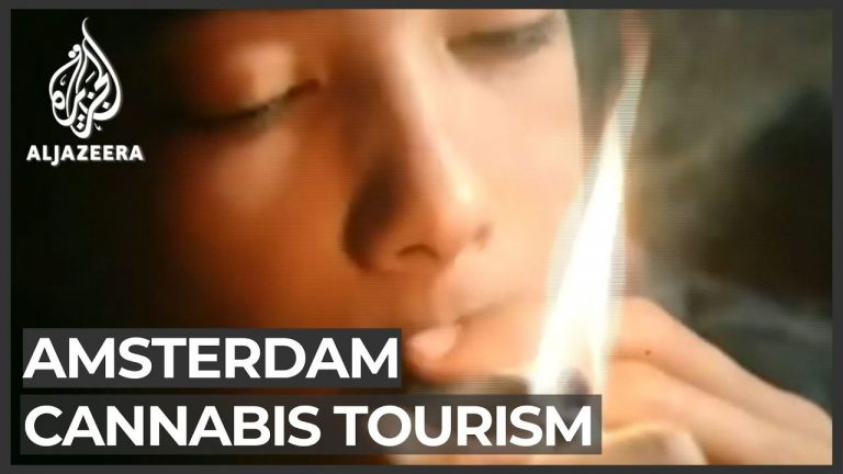 Amsterdam mayor seeks to ban foreigners from 'coffee shops'