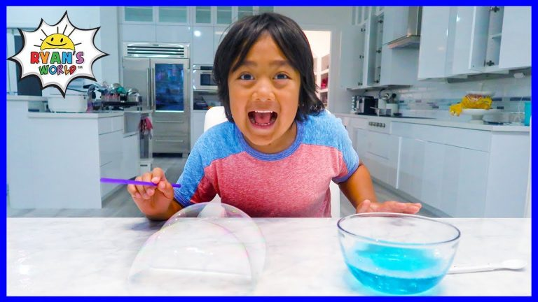 Easy DIY Science Experiment for kids with Bubbles!!! 1