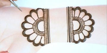 Simple Mehndi Design - Latest Arabic Mehendi design front hand - Easy henna design - Just Mehndi 13