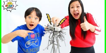 Learn about Magnets and Magnetism for kids! Educational Video with Ryan's World! 4